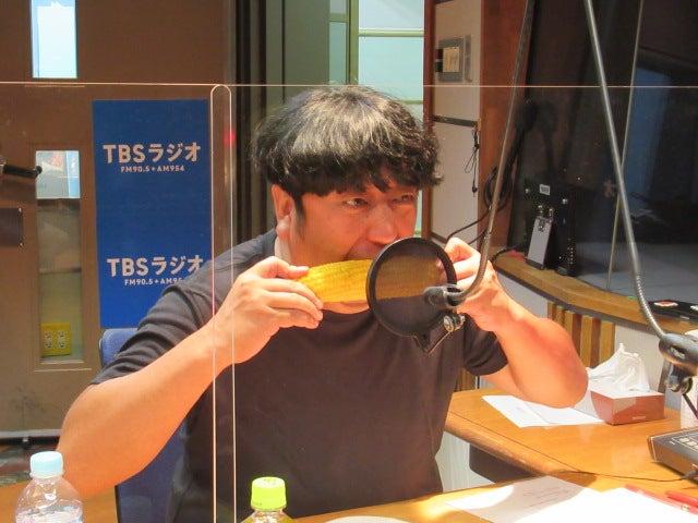 バナナマン「日村とオークラの歯が完成!記念に食べまくる!」